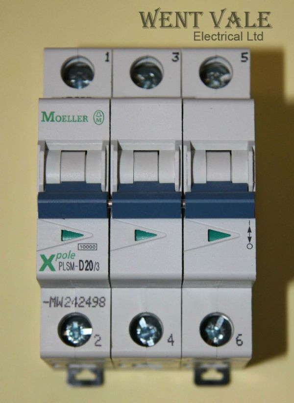 Moeller - X Pole PLSM-D20/3-MW - 20a Type D Triple Pole MCB New In Box
